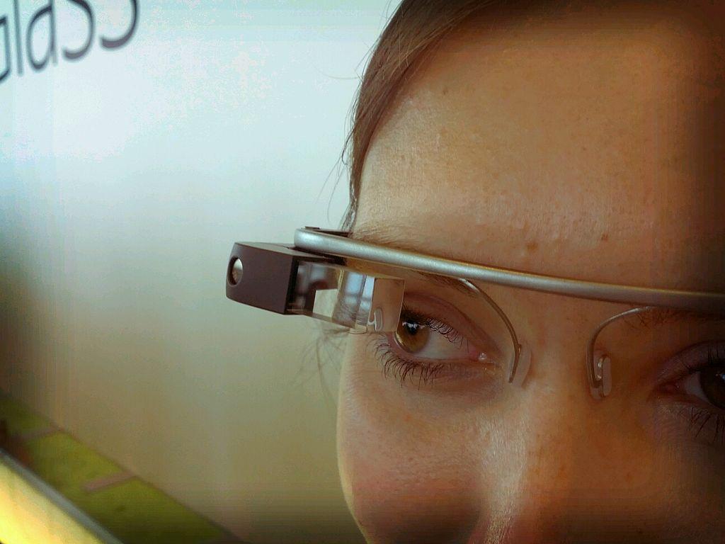 1024px-Google_Glass_detail.jpg